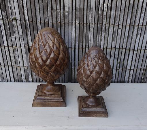 dennenappel-polyresin-hout-bruin-ornament