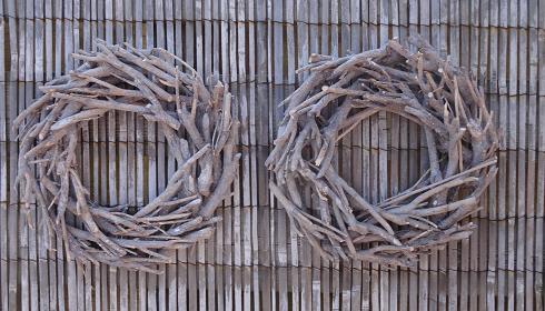 krans-rattan-hout-donkerbruin