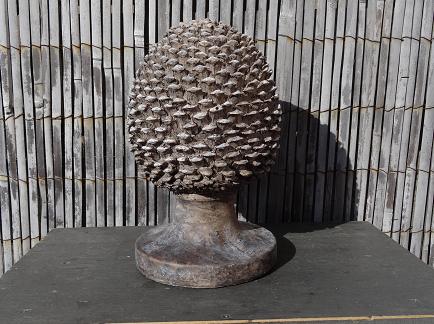 dennenappel-hout-grijsbruin-ornament