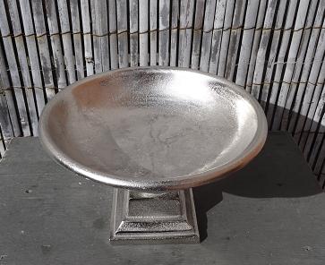 schaal-op-voet-aluminium-zilverkleur